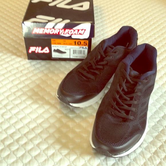 EUC Fila memory foam men's black athletic shoes
